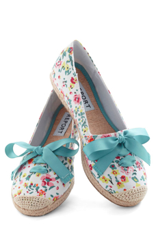 Picture of Colorful Styled White Flats - Variant 2